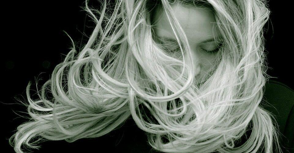Greffe de cheveux műtét érzéstelenítéssel